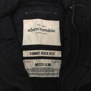 Abercrombie boys down feather puffed vest size med